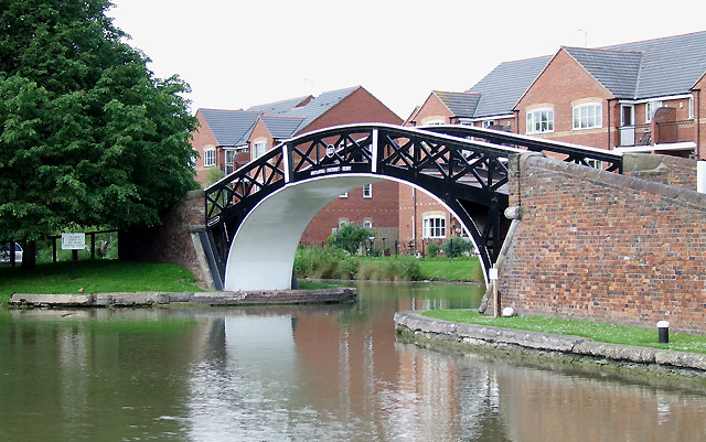 Hawkesbury Junction bridge, where the Coventry Canal and Oxford Canal meet.